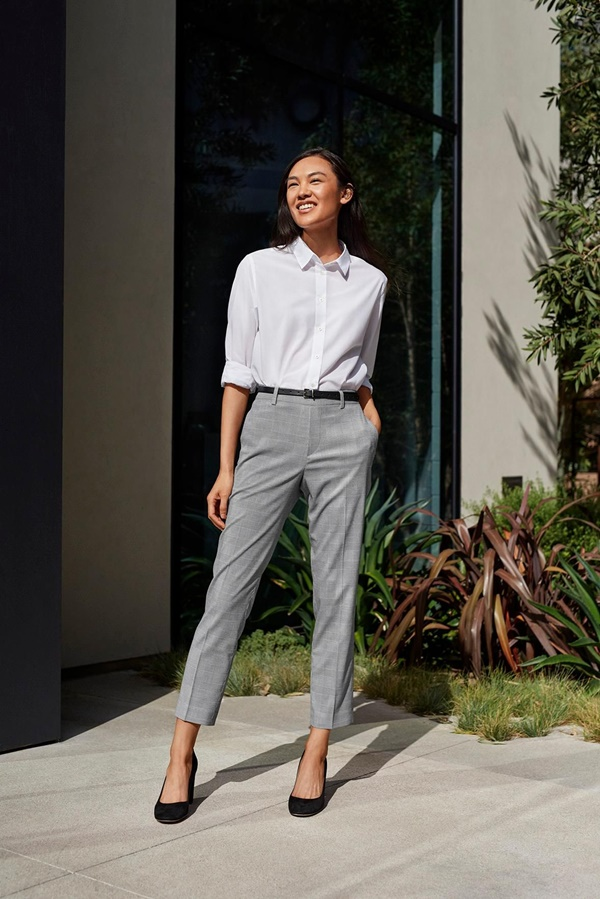 Professional Work Outfits Ideas For Women